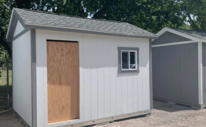 Shelter Has Their Dogs Sleep In Tiny Homes To Provide A 'Home-Like' Environment